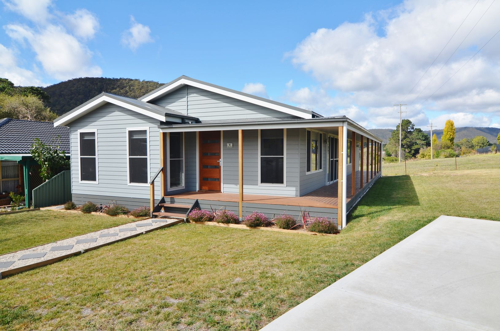 18 Chivers Close, Lithgow NSW 2790, Image 0