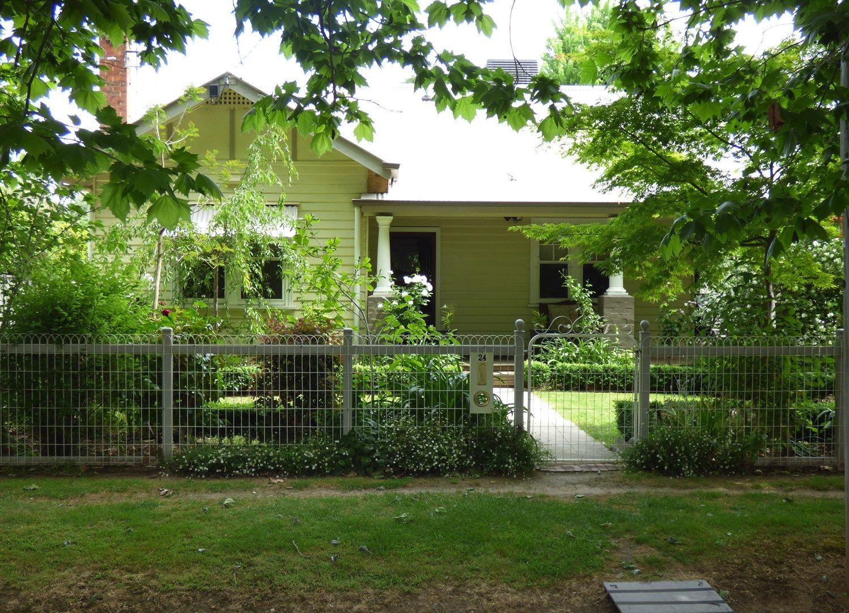 24 Benson St, Benalla VIC 3672, Image 0