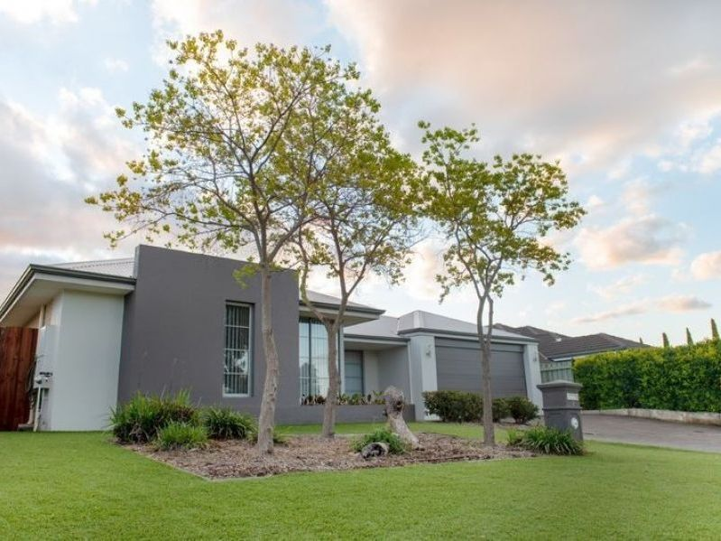 3 THE DELL, Canning Vale WA 6155, Image 1
