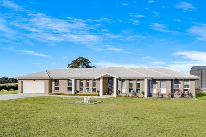 Picture of 40 Lyrebird Road, PHEASANTS NEST NSW 2574
