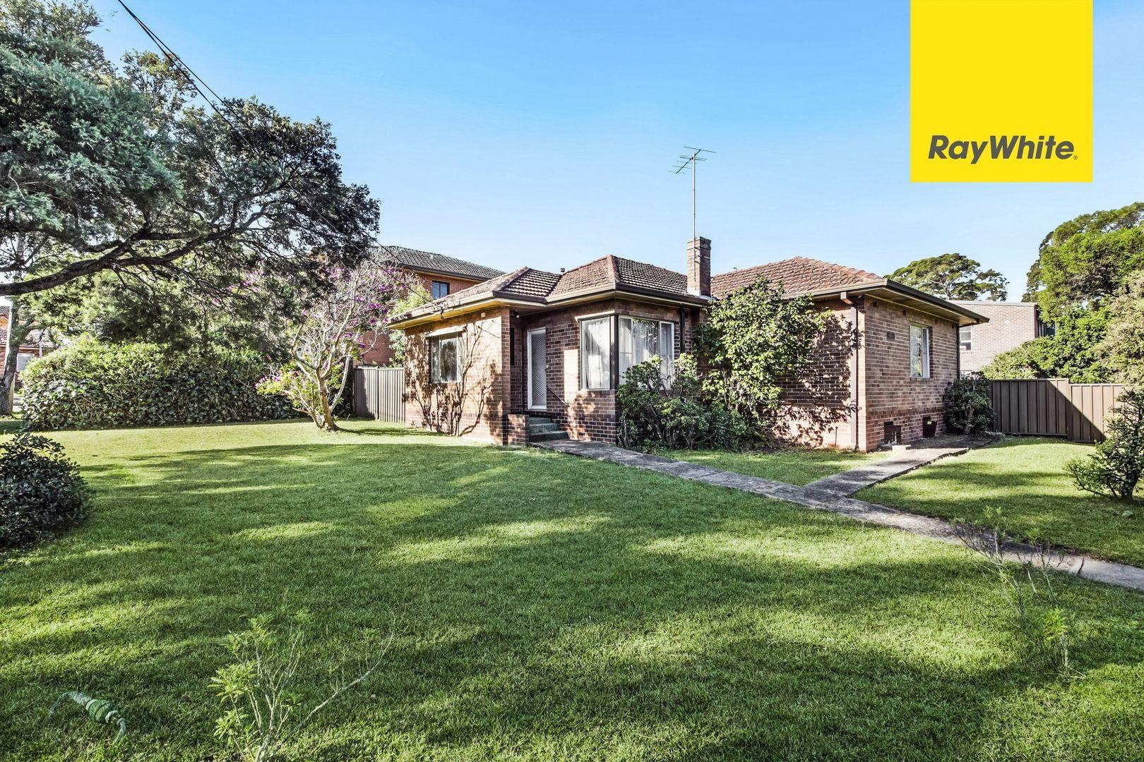 2 Baralga Crescent, Riverwood NSW 2210, Image 0