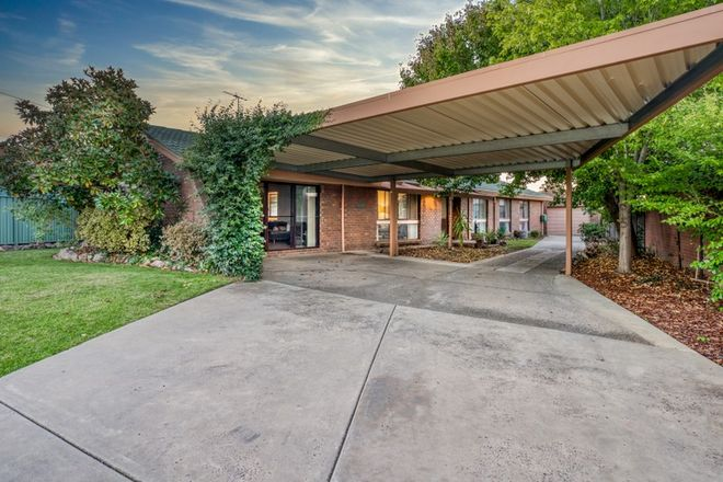Picture of 8 Robert Crescent, WEST WODONGA VIC 3690