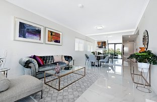 3210/5 Harbour Side Court, Biggera Waters QLD 4216