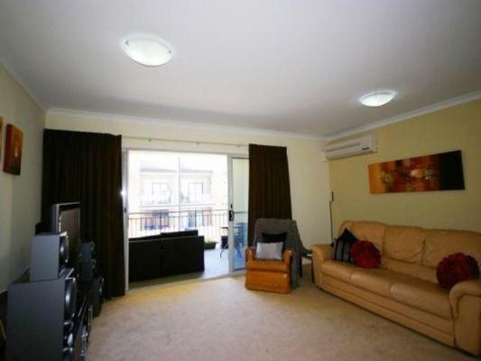 41/76 Newcastle Street, Perth WA 6000, Image 2