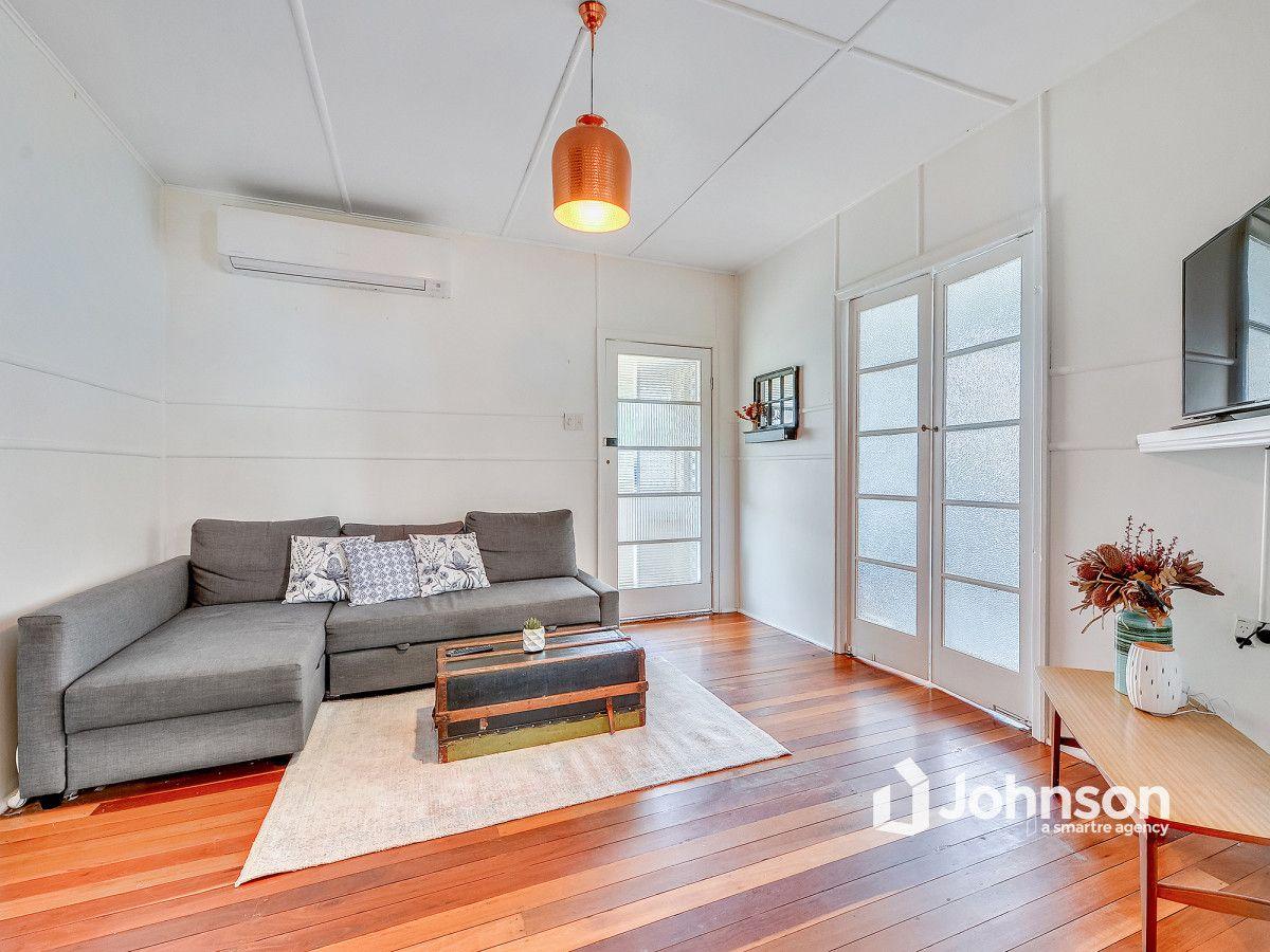 19 Hill Street, North Ipswich QLD 4305, Image 2