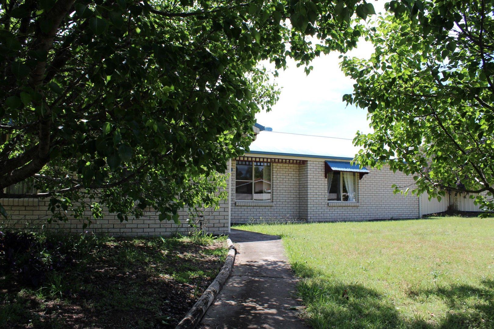 5 Lee Court, Nanango QLD 4615, Image 1