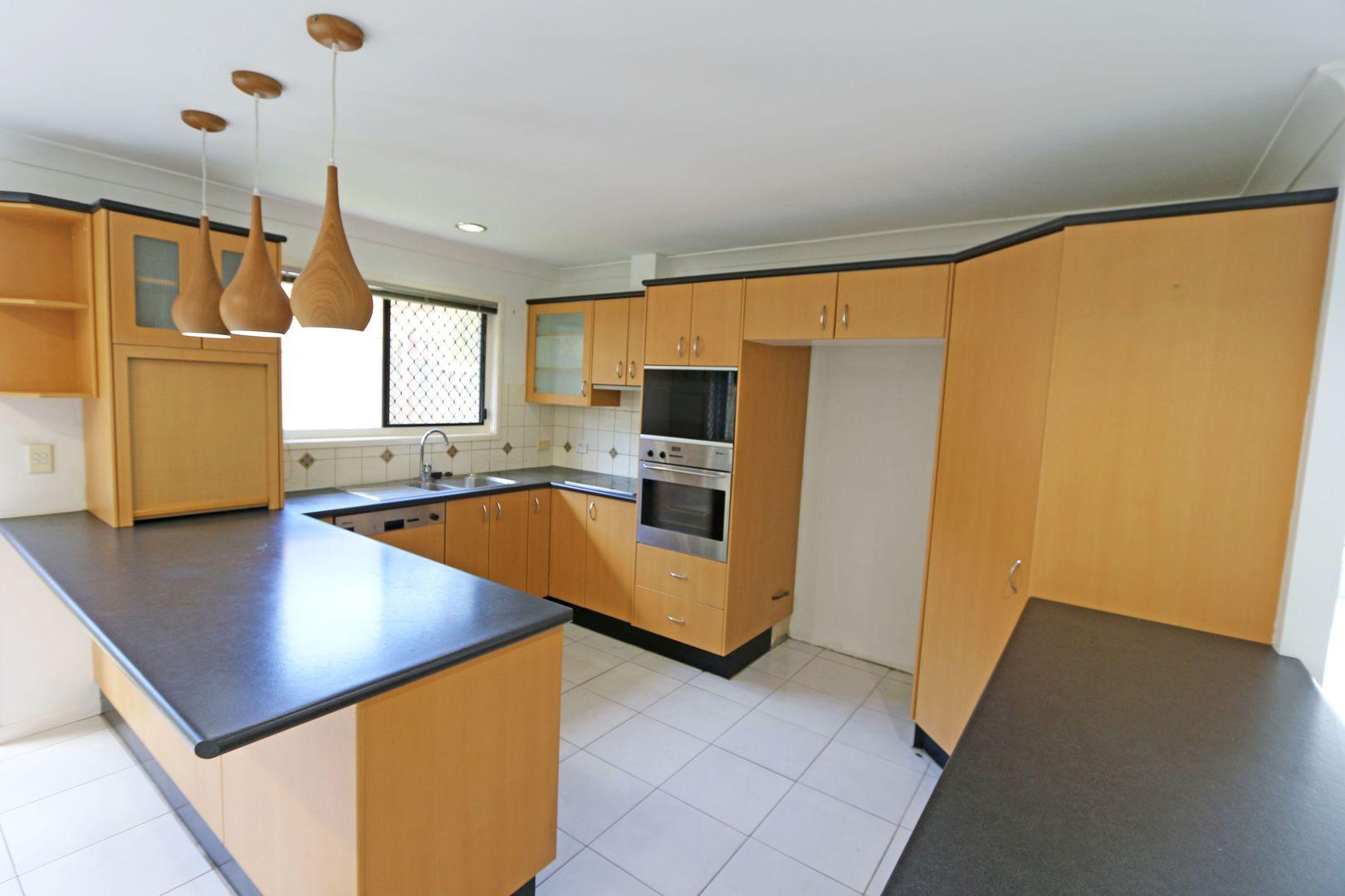 2 Innes Avenue, Molendinar QLD 4214, Image 2