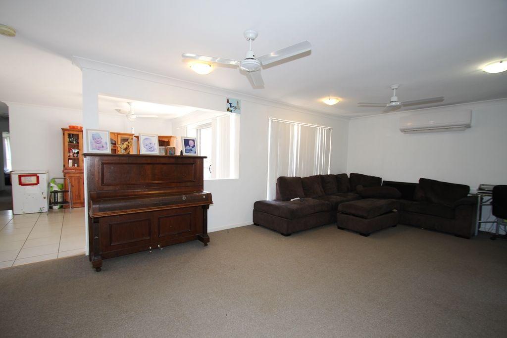 10 Brolga Street, Lowood QLD 4311, Image 1