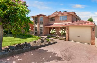 120 Earlsfield Drive, Berwick VIC 3806