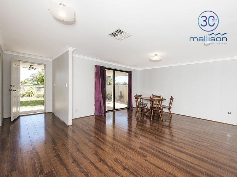 9 Bordeaux Parade, Piara Waters WA 6112, Image 2