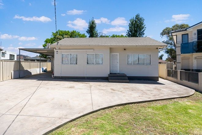 Picture of 8 Claremont Avenue, CANLEY HEIGHTS NSW 2166