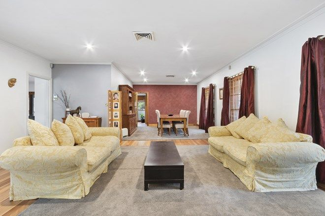 Picture of 9 Wiranda Court, WINDSOR DOWNS NSW 2756