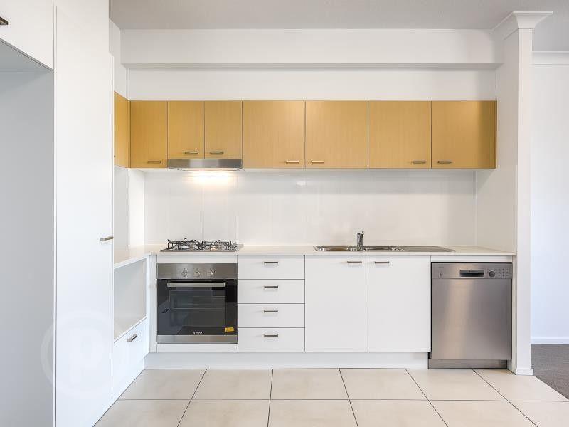 307/27-33 Nundah Street, Nundah QLD 4012, Image 2