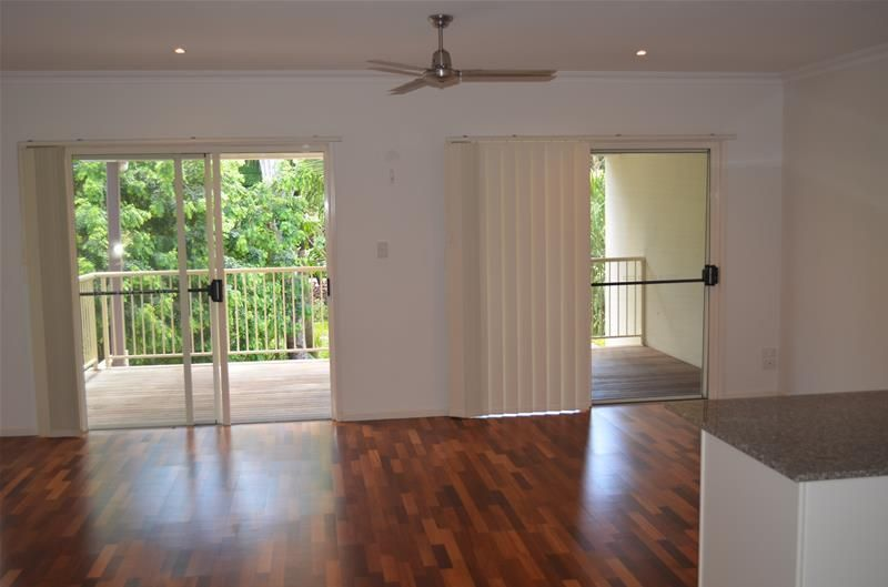 Town house 4/21 Shute Harbour Road, Cannonvale QLD 4802, Image 2