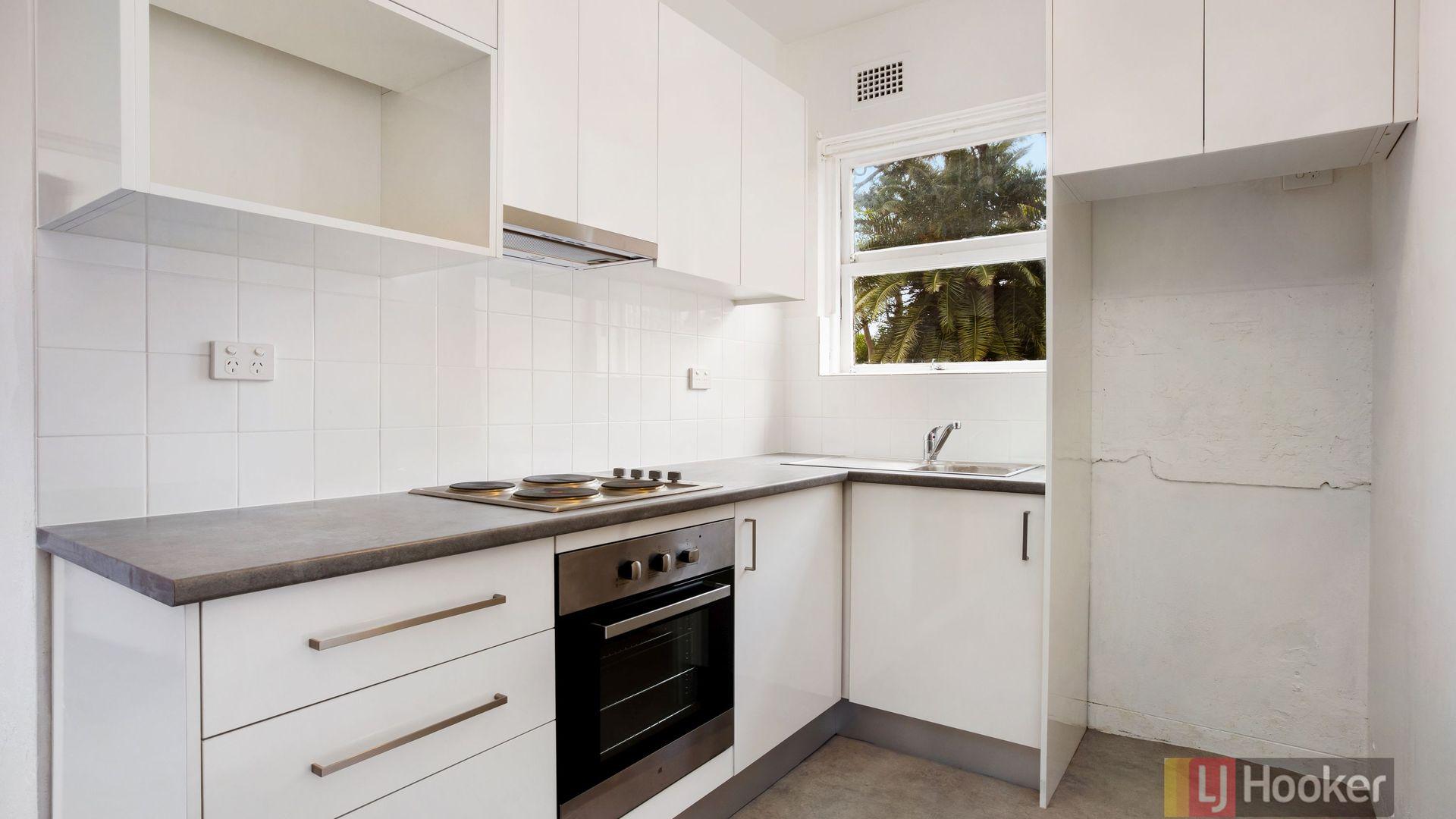 2/21 Thames Street, Balmain NSW 2041, Image 2