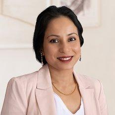 Dahlia Ahmed, Sales representative