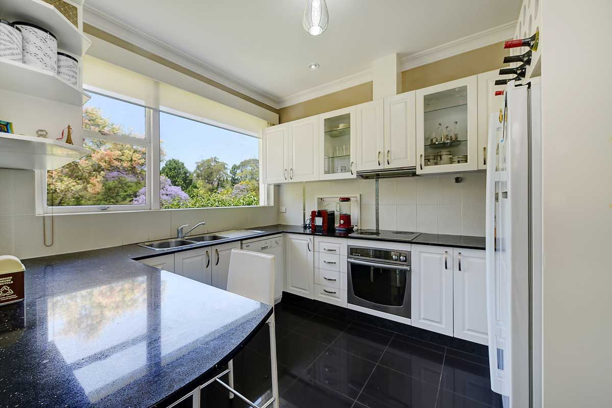 3 Wongalee Avenue, Wahroonga NSW 2076, Image 2