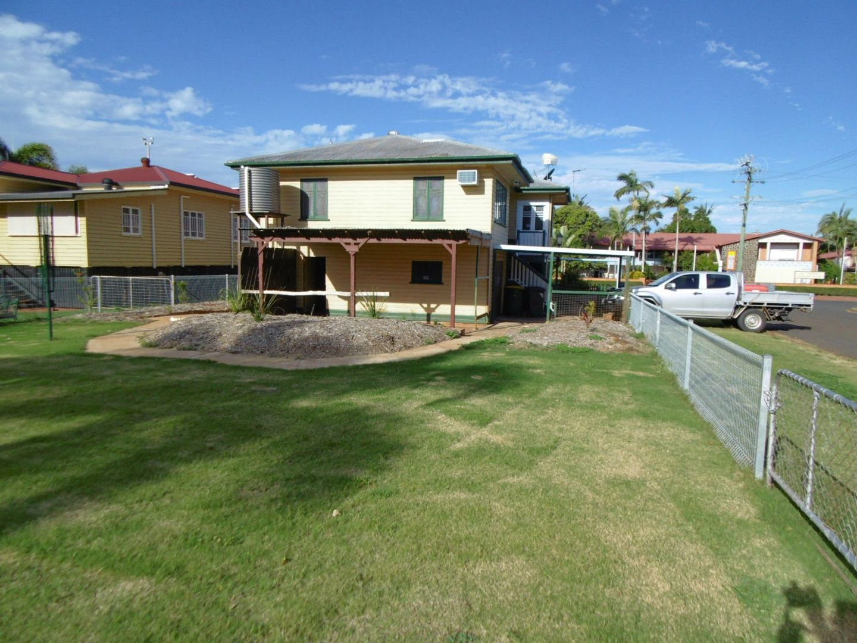 8 Ridgway Street, Childers QLD 4660, Image 0