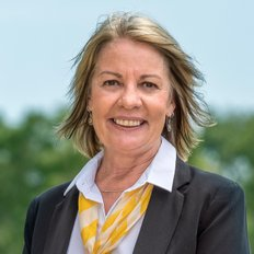 Jeanie Smith, Sales representative