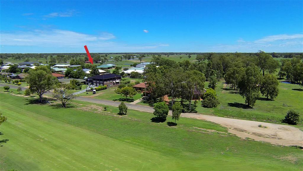 4 Leora Close, Narrabri NSW 2390, Image 2