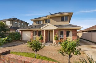 Picture of 1/8 Arvern Avenue, Avondale Heights VIC 3034