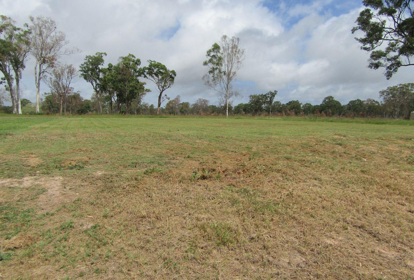 10 Green Ct, Buxton QLD 4660, Image 2
