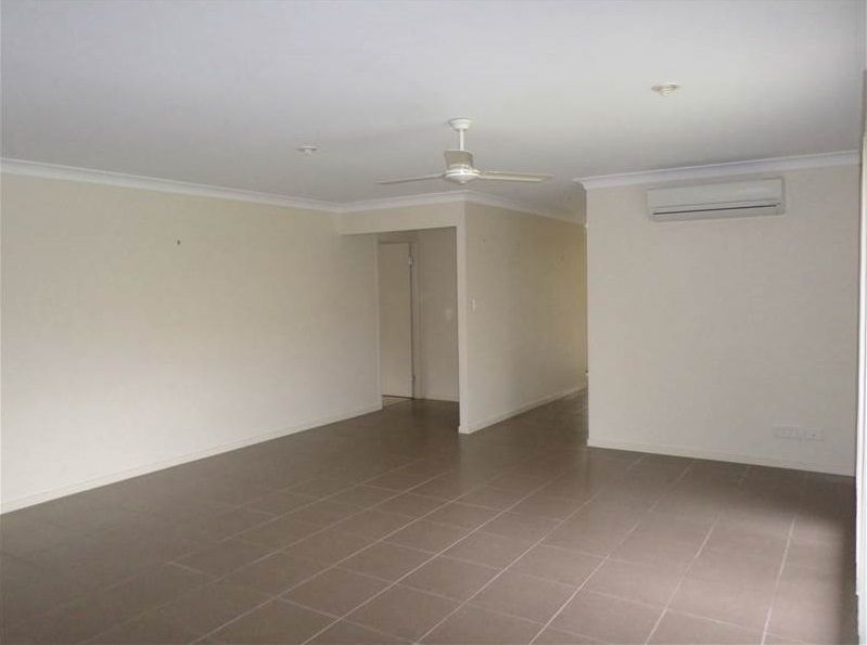 10 Brittany Crescent, Raceview QLD 4305, Image 2