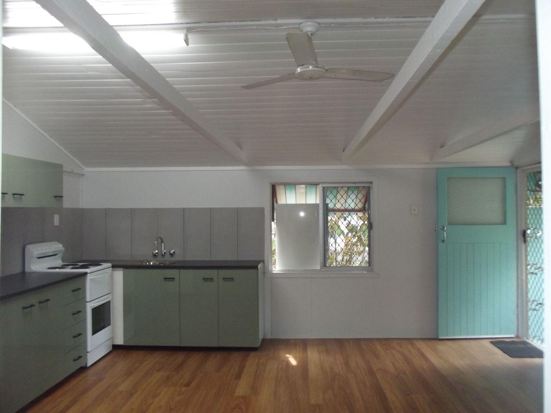 15 Jamieson Street, Redcliffe QLD 4020, Image 2