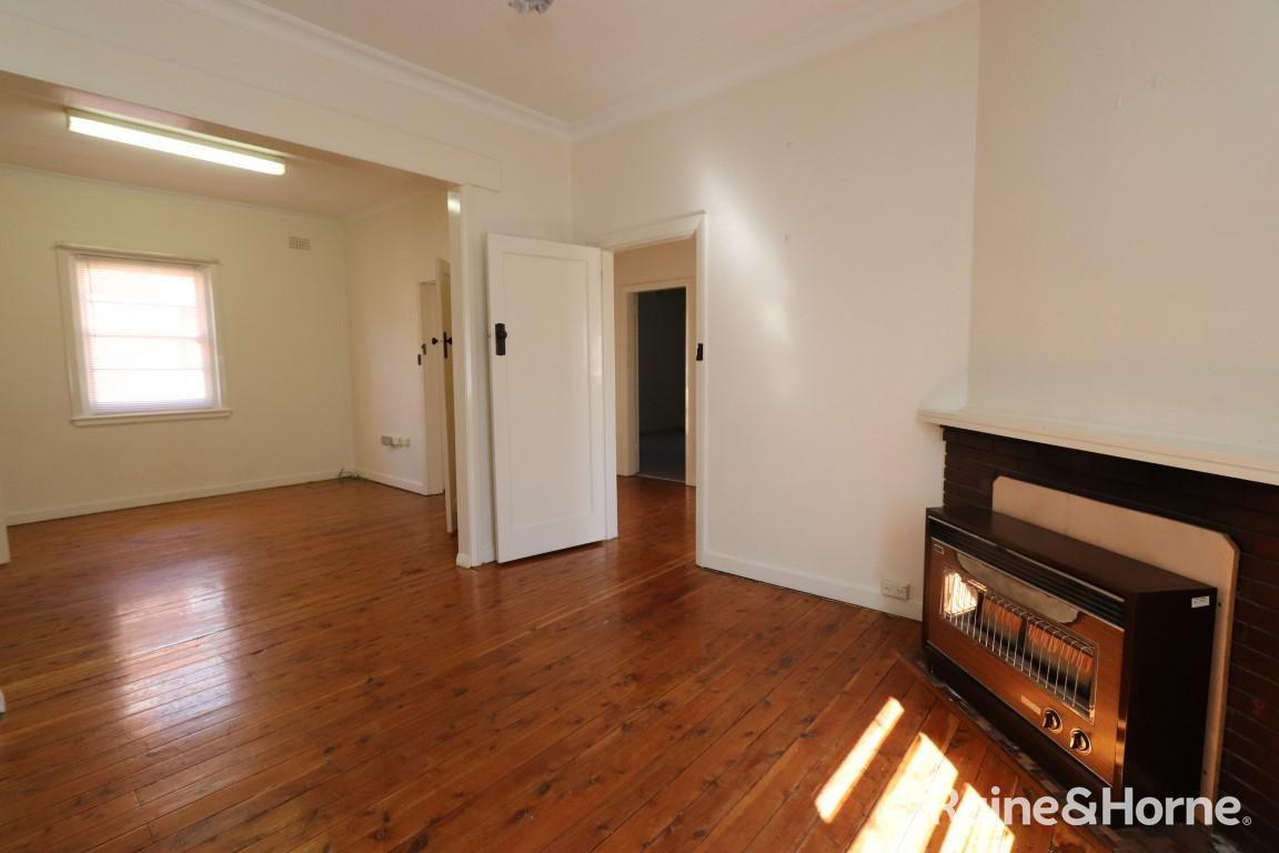 263 George Street, Bathurst NSW 2795, Image 2