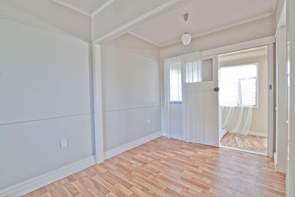 11 Abney Street, Moorooka QLD 4105, Image 2