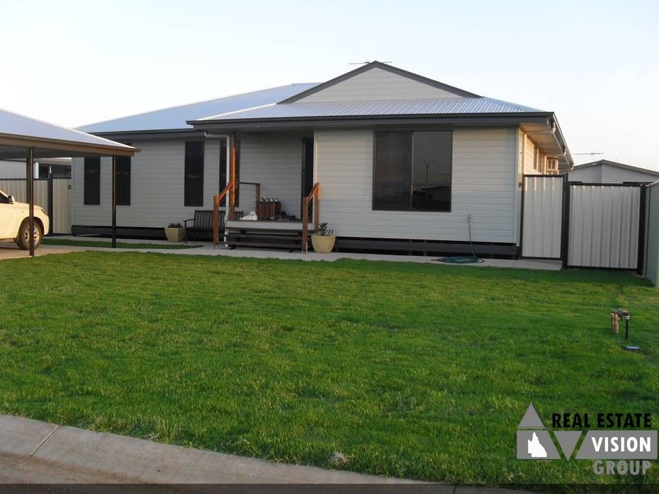 8 Cardinal Ct, Blackwater QLD 4717, Image 0