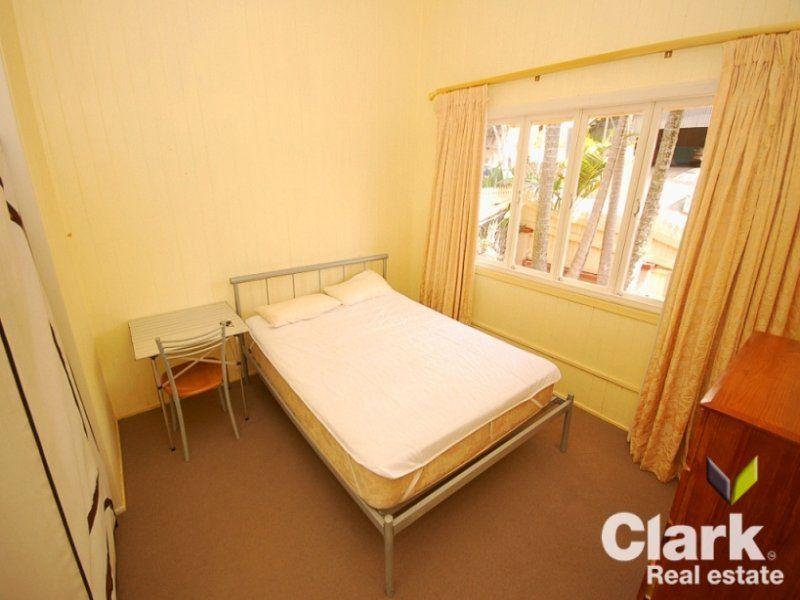 Room A/12 Heaslop Street, Woolloongabba QLD 4102, Image 1