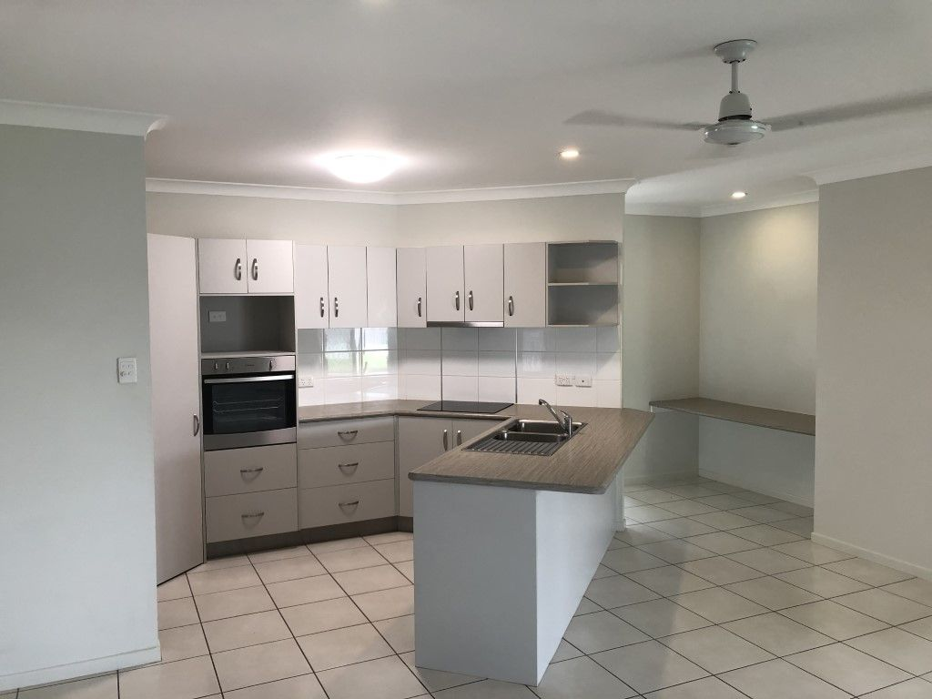73 Daintree Drive, Bushland Beach QLD 4818, Image 1