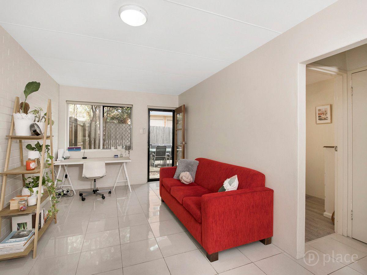 6/9 Christensen Street, Yeronga QLD 4104, Image 1