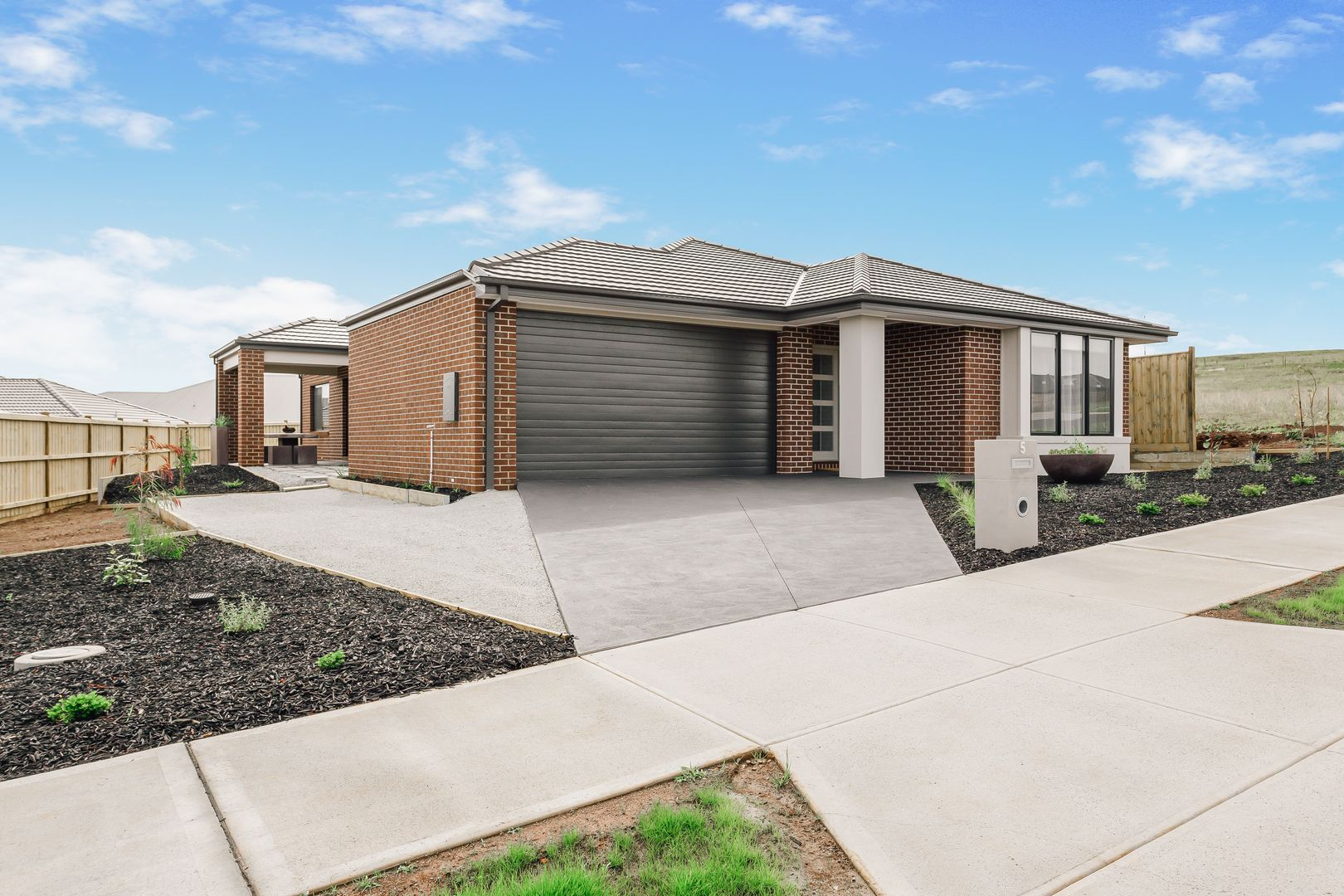5 Silvertown Road, Drouin VIC 3818, Image 0