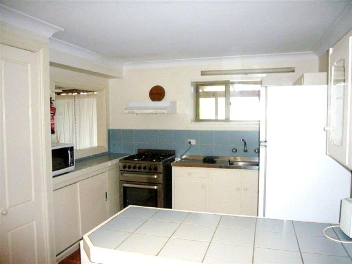 15 Beare Street, Clare SA 5453, Image 2
