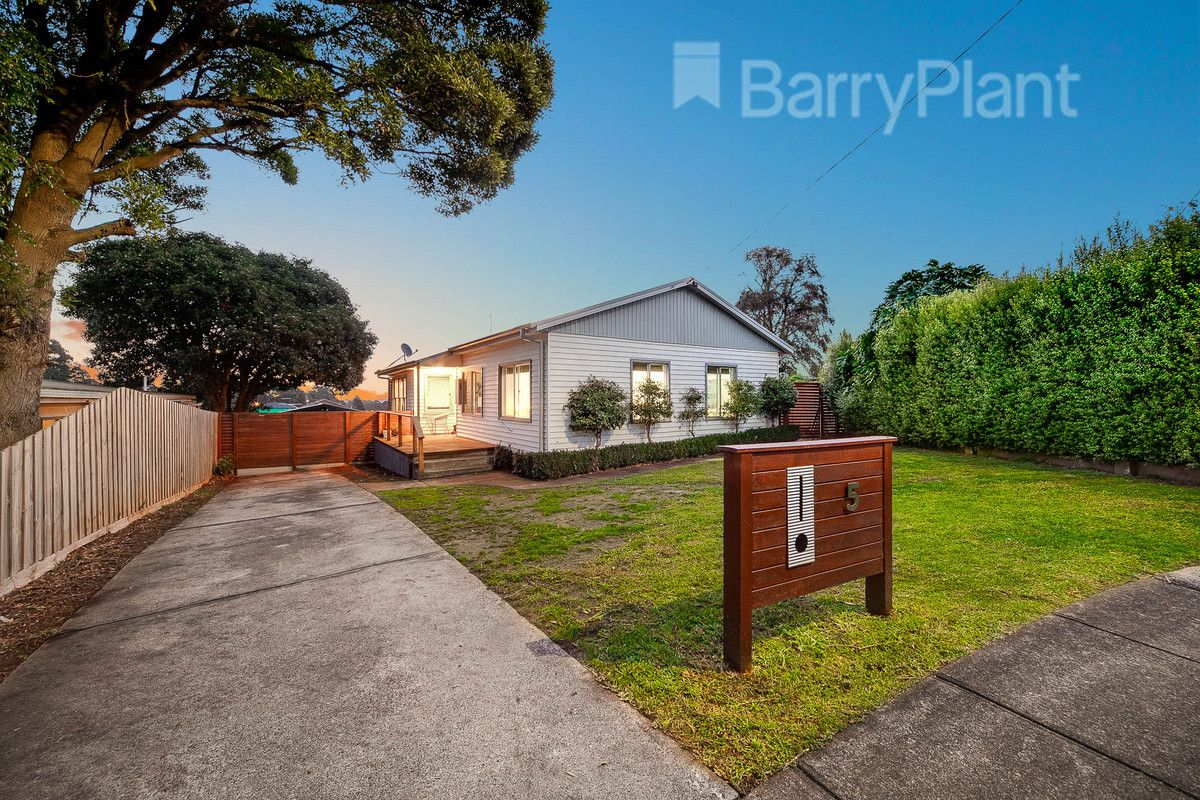 5 Colin Street, Drouin VIC 3818, Image 0