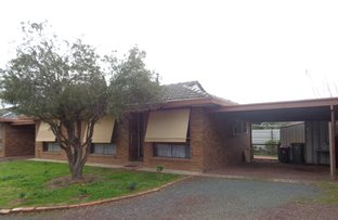 Picture of 2/13 Hart Street, Rochester VIC 3561