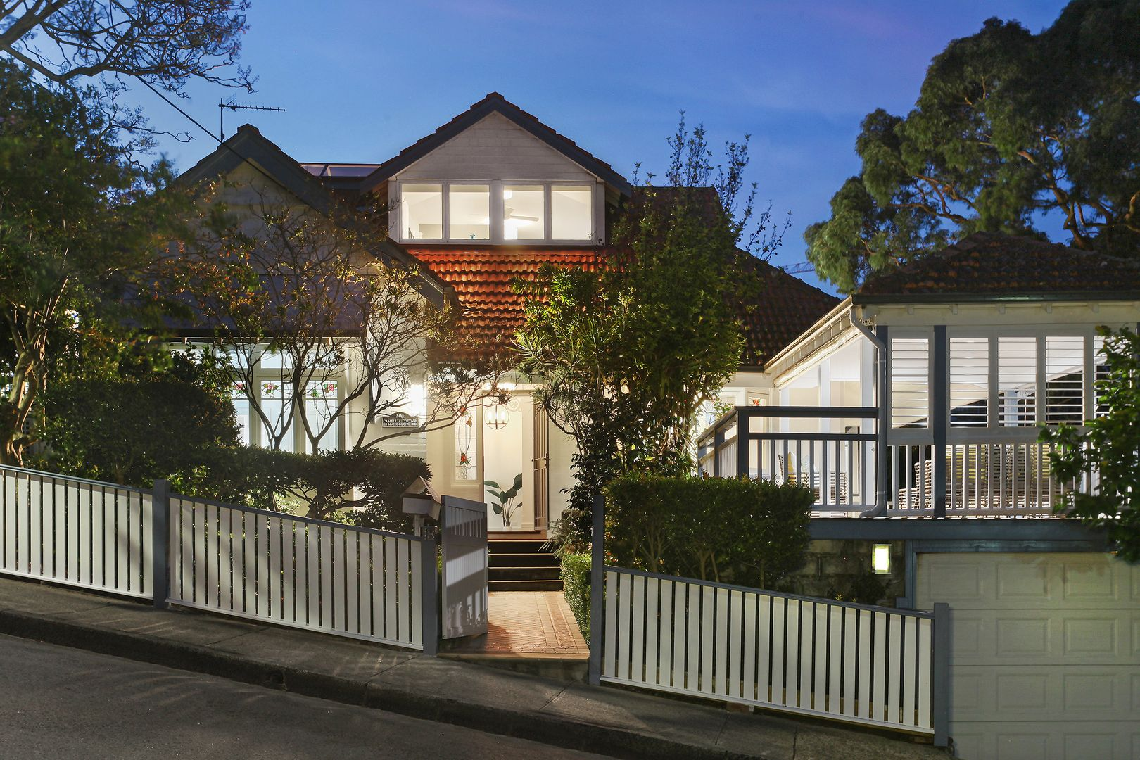 18 Mandolong Road, Mosman NSW 2088, Image 0