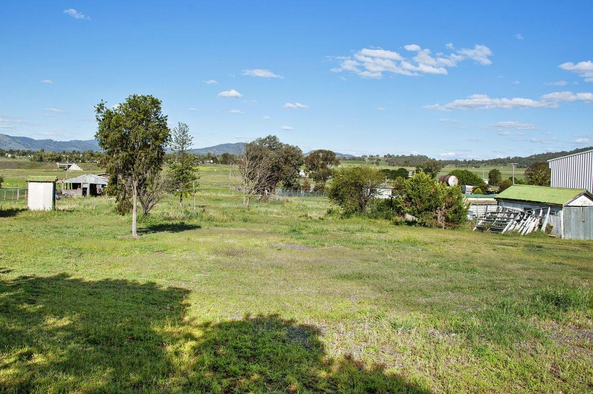 152 Loder Street, Quirindi NSW 2343, Image 2