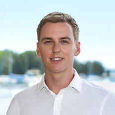 Shane Derrick, Sales representative