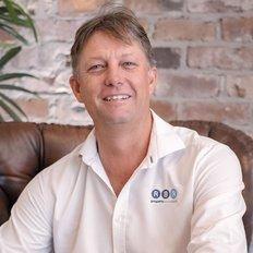 Lenny McLennan, Sales representative