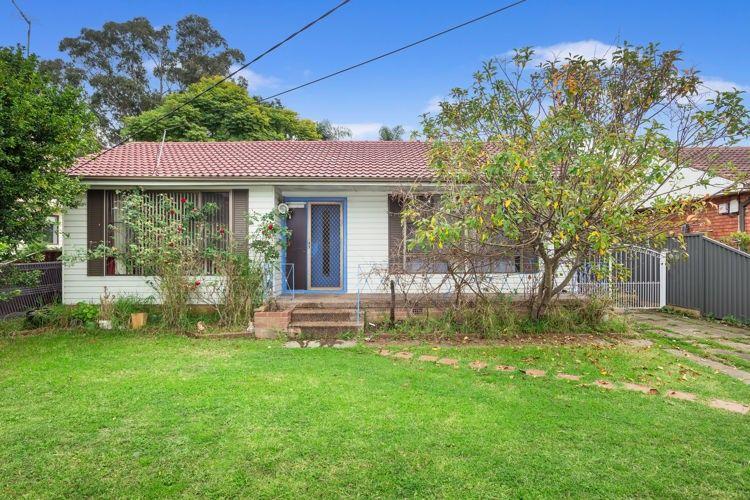 4 Lucerne Avenue, South Wentworthville NSW 2145, Image 0