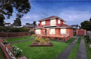 Picture of 33 Marwarra Street, Ringwood East VIC 3135