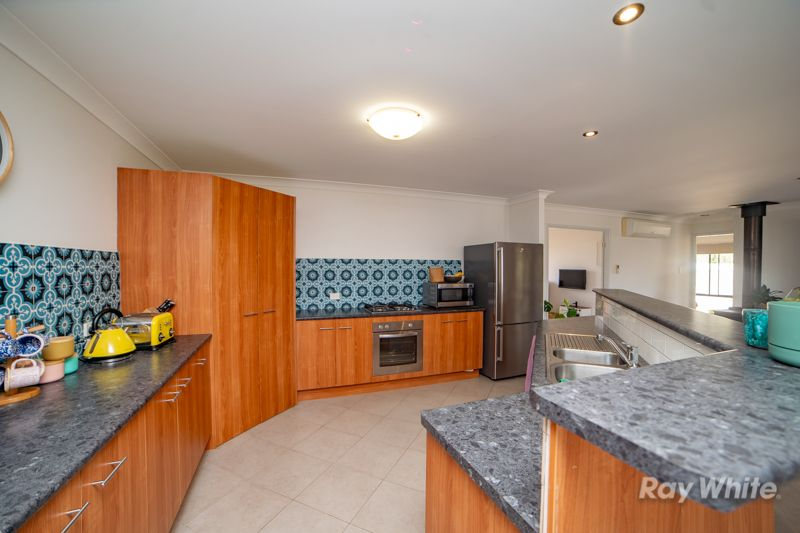 27 Grevillia Drive, Waterview Heights NSW 2460, Image 2
