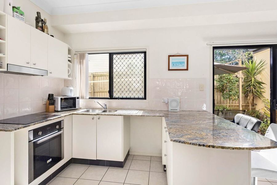 2/27 Sizer Street, Everton Park QLD 4053, Image 0