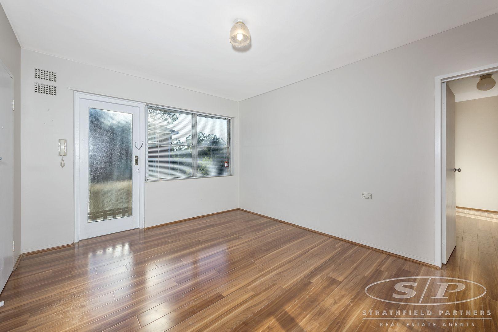 3/19-21 Davidson Avenue, Greenacre NSW 2190, Image 1