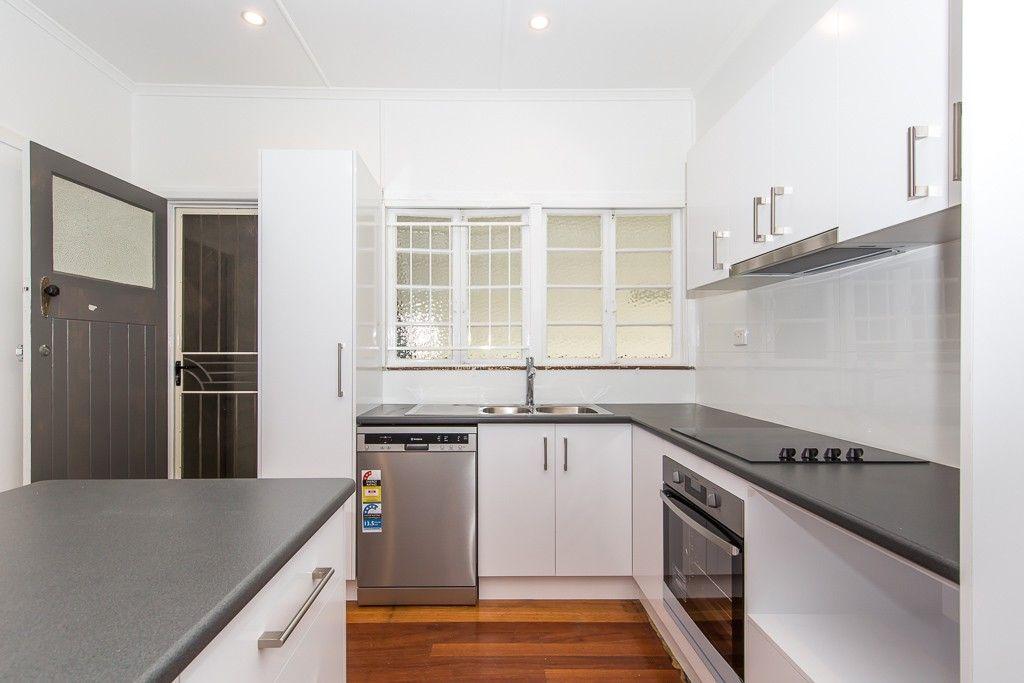 21 Morshead Street, Moorooka QLD 4105, Image 2