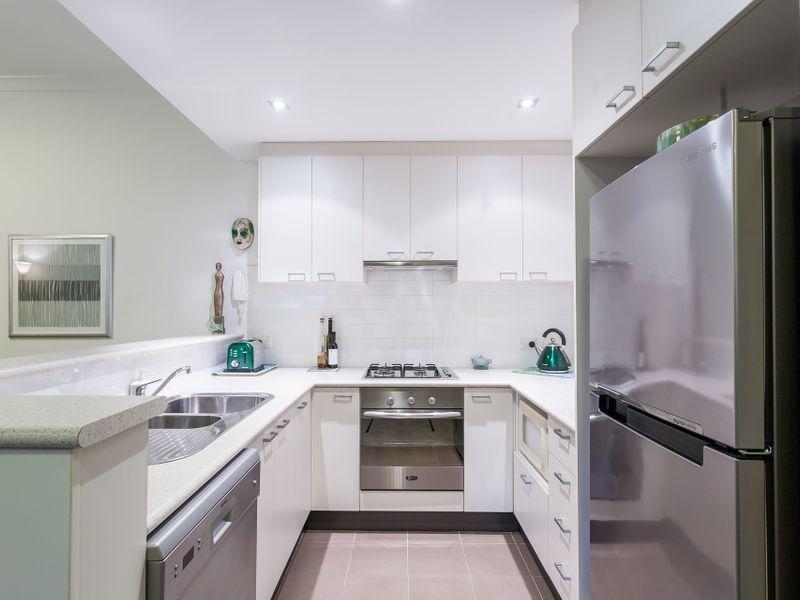 31/150 Stirling Street, Perth WA 6000, Image 2