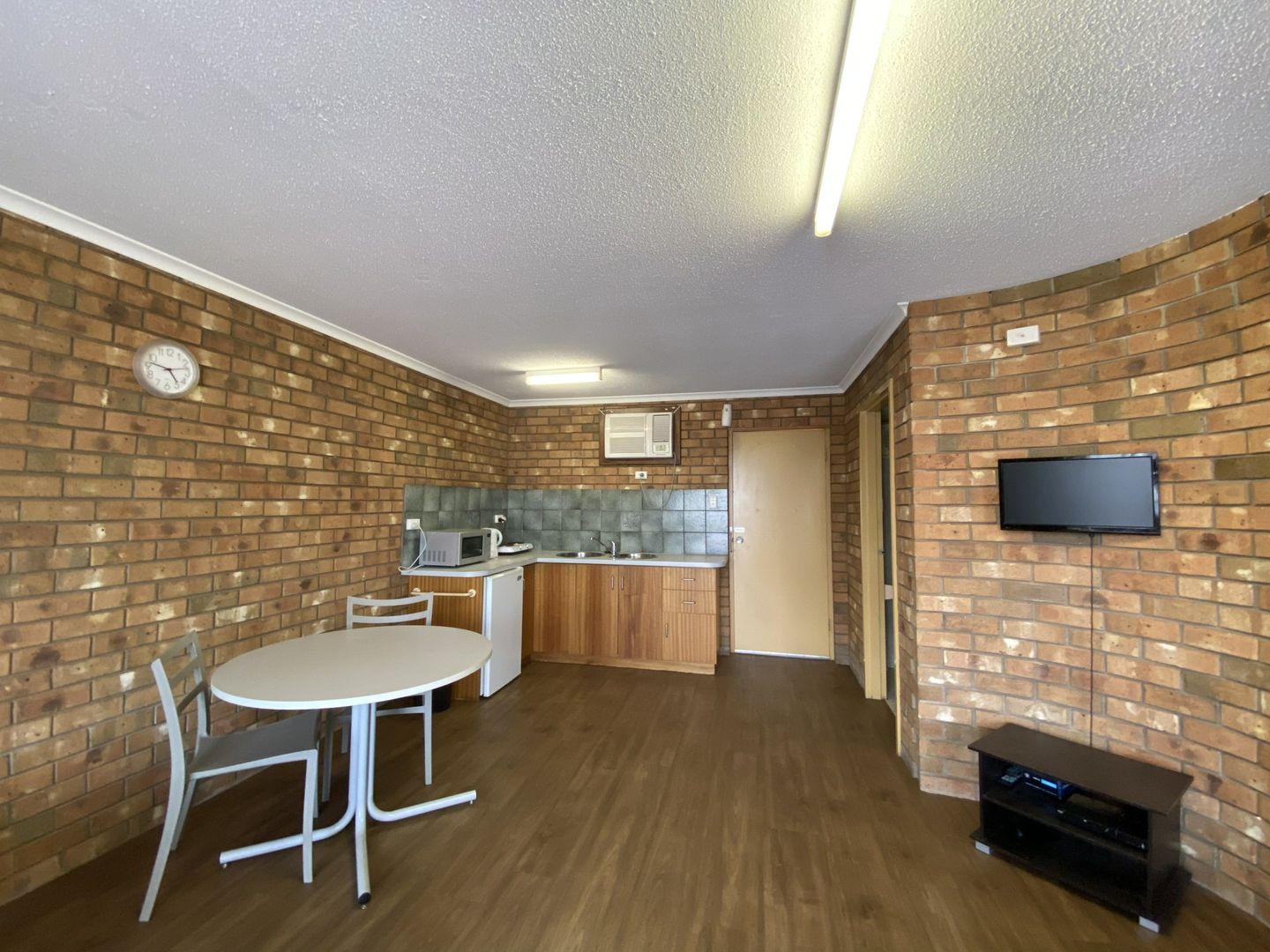 17 Railway Terrace, Alice Springs NT 0870, Image 2